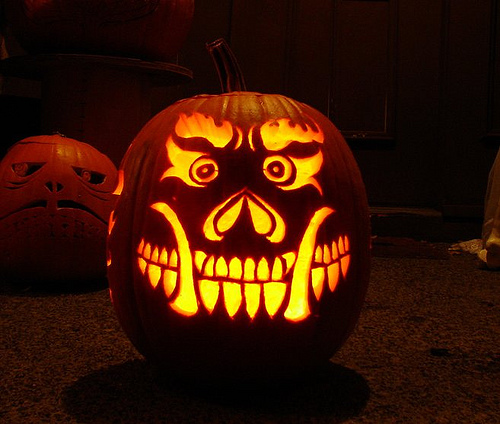 30 crazy cool halloween pumpkins for Awesome pumpkin drawings