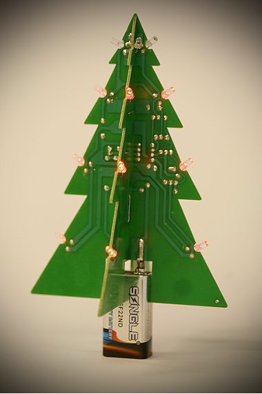 motherboard-christmas-tree