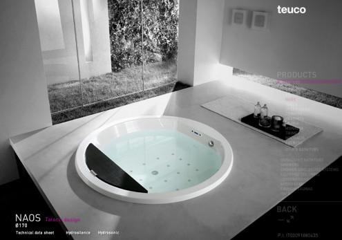 circular bath tub