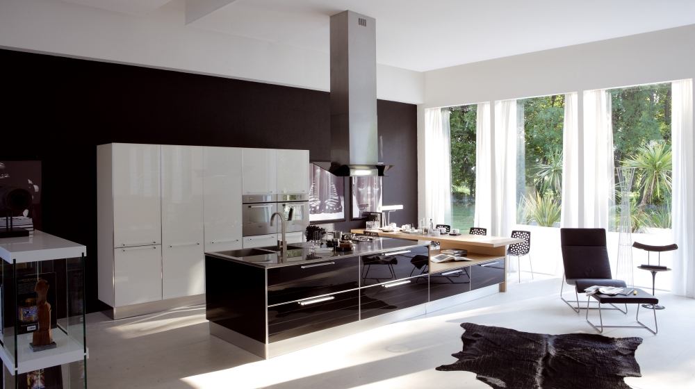More Modern Italian Kitchens: www.home-designing.com/2009/03/more-modern-italian-kitchens