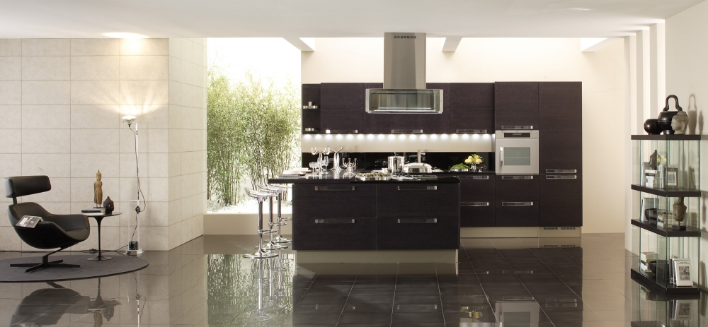 Italian kitchens afreakatheart for Italian kitchen cabinets