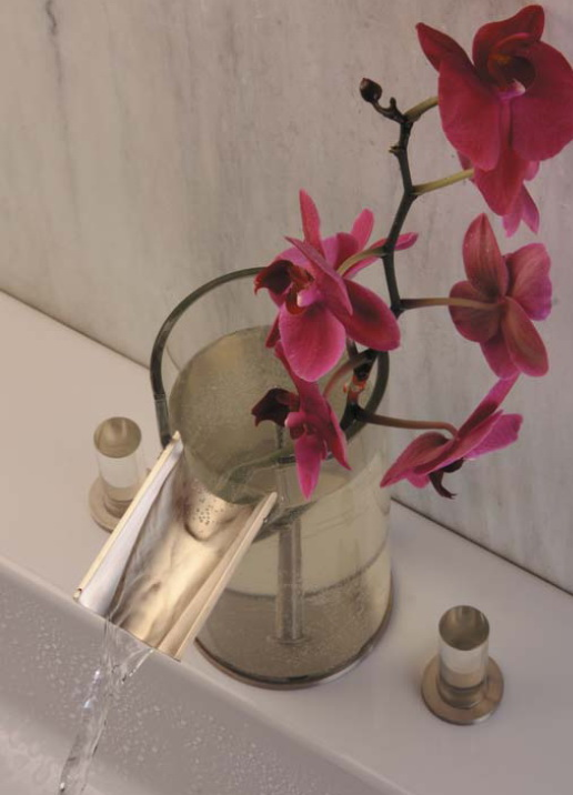 ������� ����� ..!! bathroom-faucet-flower-3.jpg