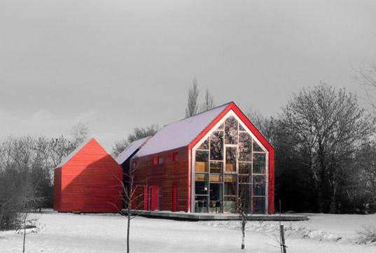 sliding-house-winter