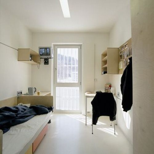 white-single-room
