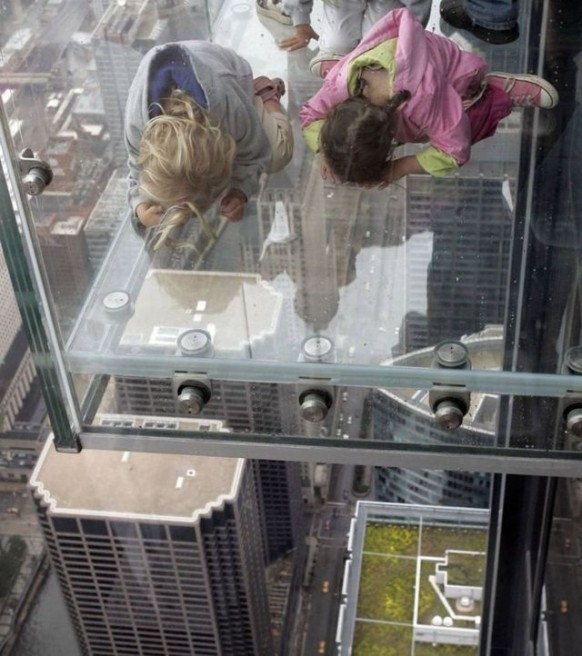 amazing sears tower balcony