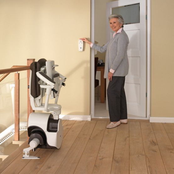 Curved stair lift Sinor by ThyssenKrupp Monolift 5