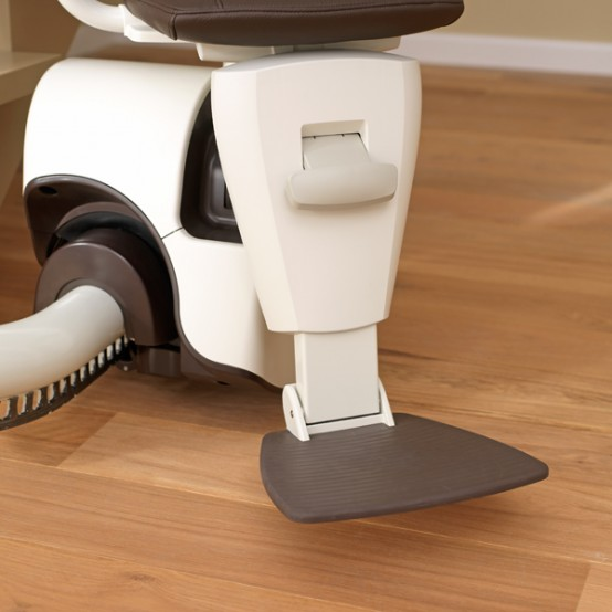 Curved stair lift Sinor by ThyssenKrupp Monolift 6