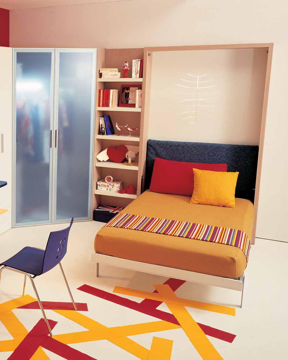 Ideas for teen rooms with small space for Cool bedroom designs for small rooms