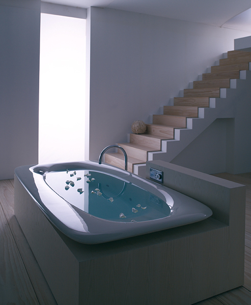 Kohler-vibr-acoustic-bath-tub