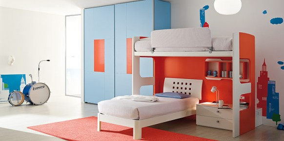 blue-orange-bed-room