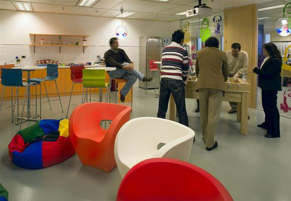 Google s offices from around europe gawe omah for Office design game