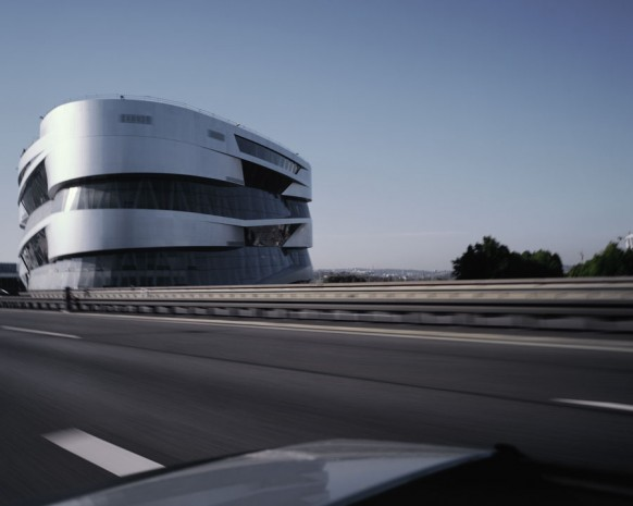 mercedes benz museum outside