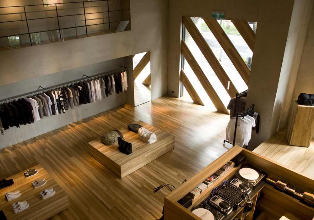 wood showroom retail design picture entrance - Retail Design Ideas