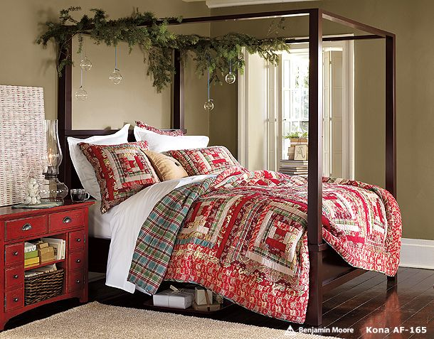 Christmas leaf decoration design ideas on the classic bedroom