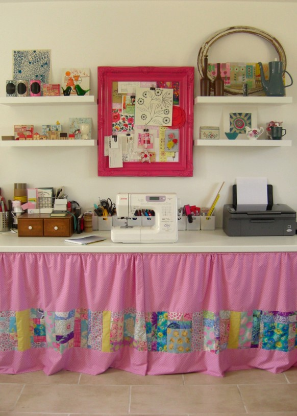 http://www.home-designing.com/wp-content/uploads/2009/12/pink-workspace-11-582x814.jpg