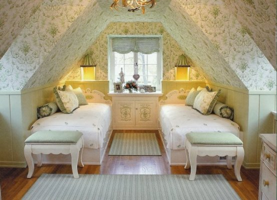 beautiful attic decoration style