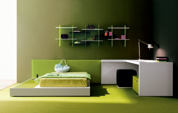 The set impresses us with its tasteful minimalism and superb use of colours.