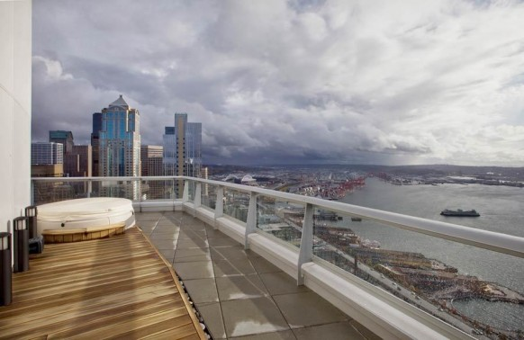 Luxury Seattle Penthouse With Panoramic Views