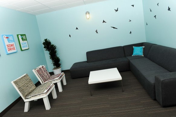 twitter lounge pictures