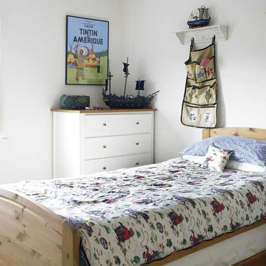 http://www.home-designing.com/wp-content/uploads/2010/07/Cowboys-bedroom.jpg