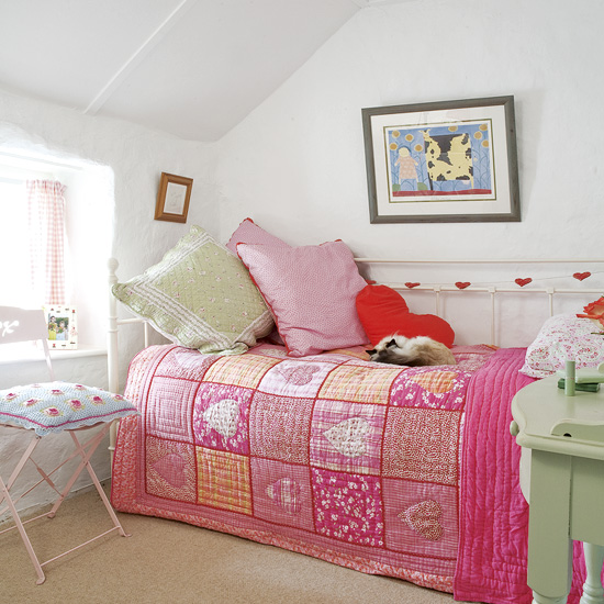 Colorful Kids Rooms: Colorful Small Kids Room Decoration Ideas