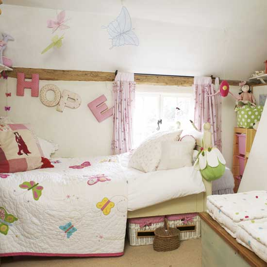 http://www.home-designing.com/wp-content/uploads/2010/07/childrens-Butterfly-room.jpg