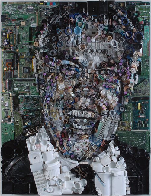 [تصویر: Chuck-junk-collector-computer-piece-artwork.jpg]