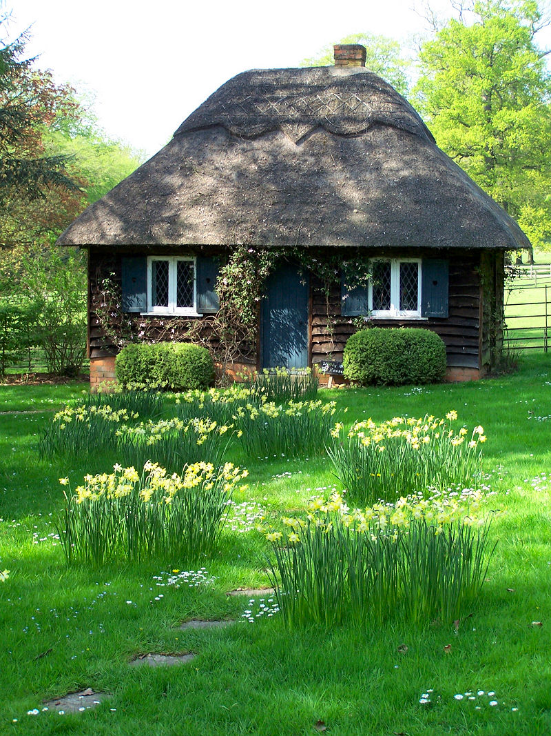 Fairy tale cottages for Cottege house