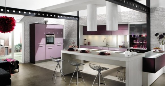 kitchen-purple-accents