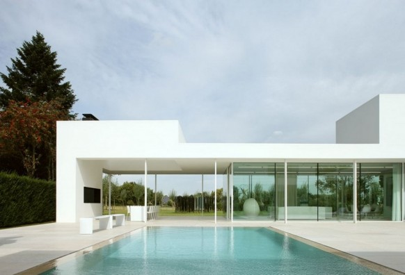 Contemporary Villa VH by Beel Achtergael Architecten contemporary pool