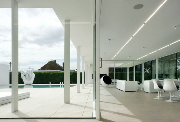 Contemporary Villa VH by Beel Achtergael Architecten open plan living