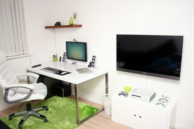 functional workspace 665x443 Cool Workspace Inspiration
