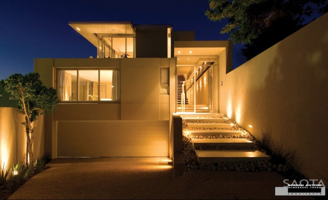 house-exterior-lighting