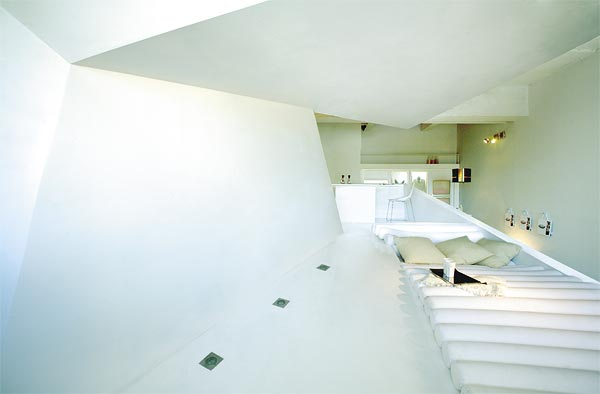 white roof and stairs