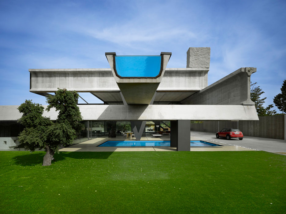 Hemeroscopium house not your average neighborhood house for Modular pool house