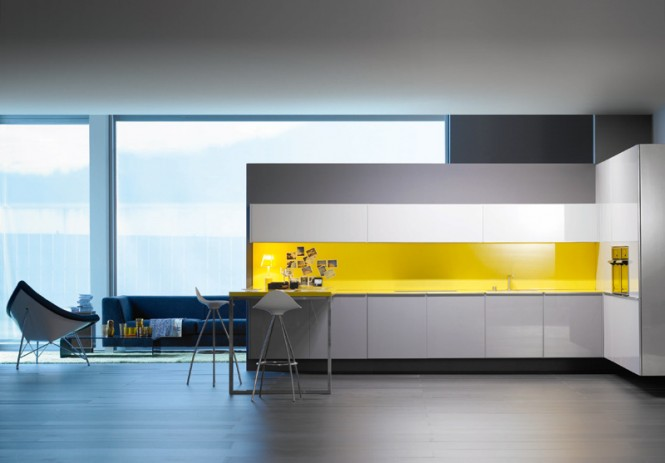 1 yellow splashback