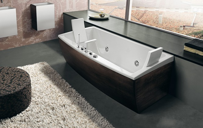 dark timber finish bathtub