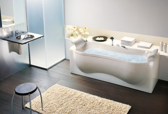 organic shaped bathtub