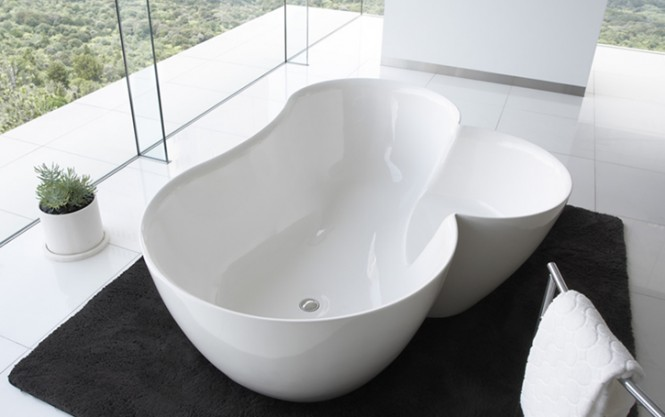 Use this Utuwa tub, designed by Spiritual Mode to soak from head to toe or just to soak the feet. [Via]