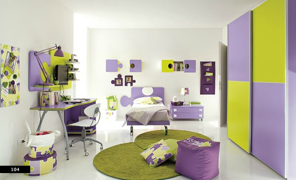 easy to change furniture around in girls bedroom