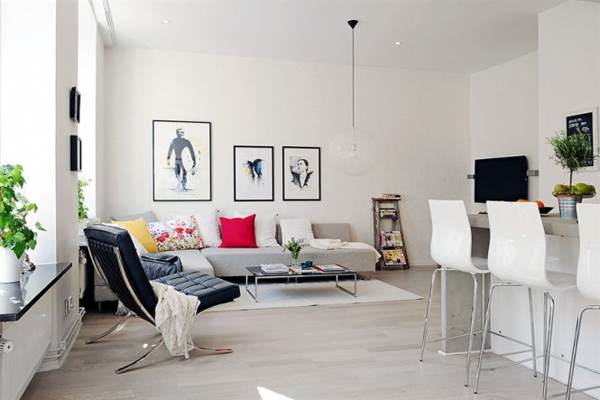 white decor ampliphies living room size
