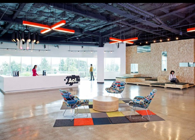 AOL OFFICE HALL