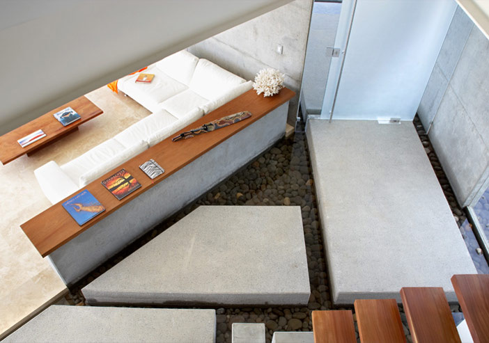 http://www.home-designing.com/wp-content/uploads/2011/06/living-area-modern-house.jpg
