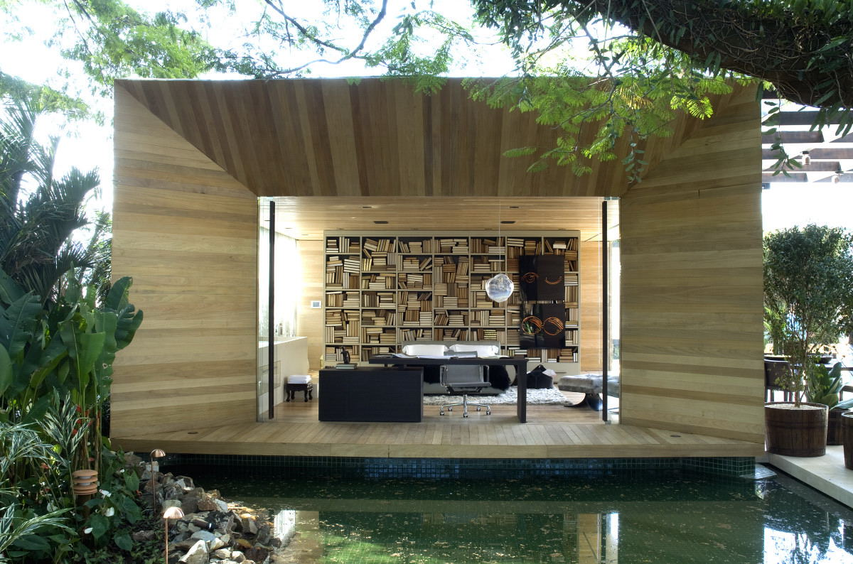 Outdoor indoor library office area for Home library architecture
