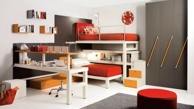 shared kids room in red and brown