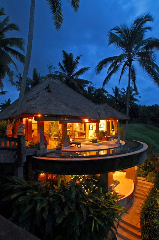 The Viceroy Bali at night.