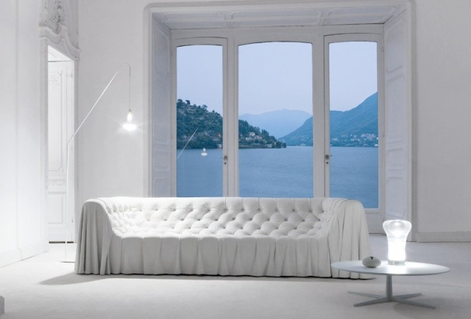 Busnesli White Living Room with Ocean View