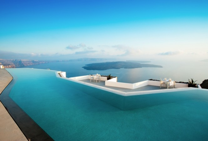 santorini grace pool and ocean