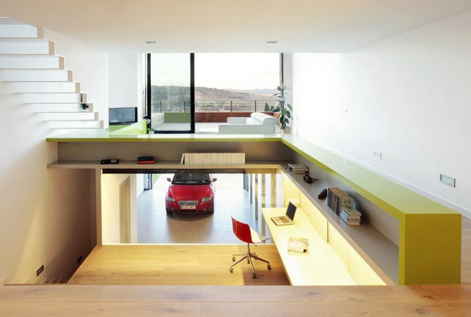 step-apt-office-and-garage