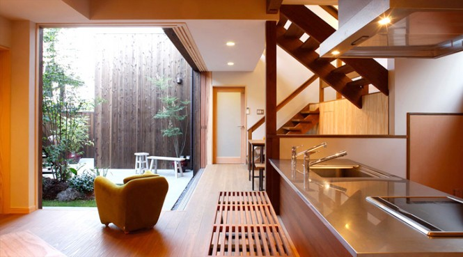 zen kitchen and courtyard